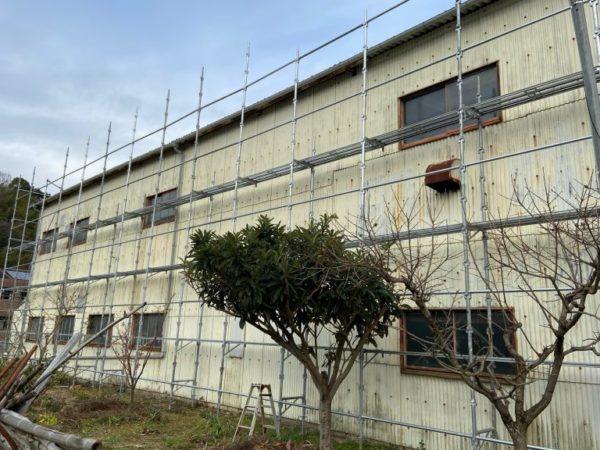 【海南市・黒田】工場塗装が始まりました!