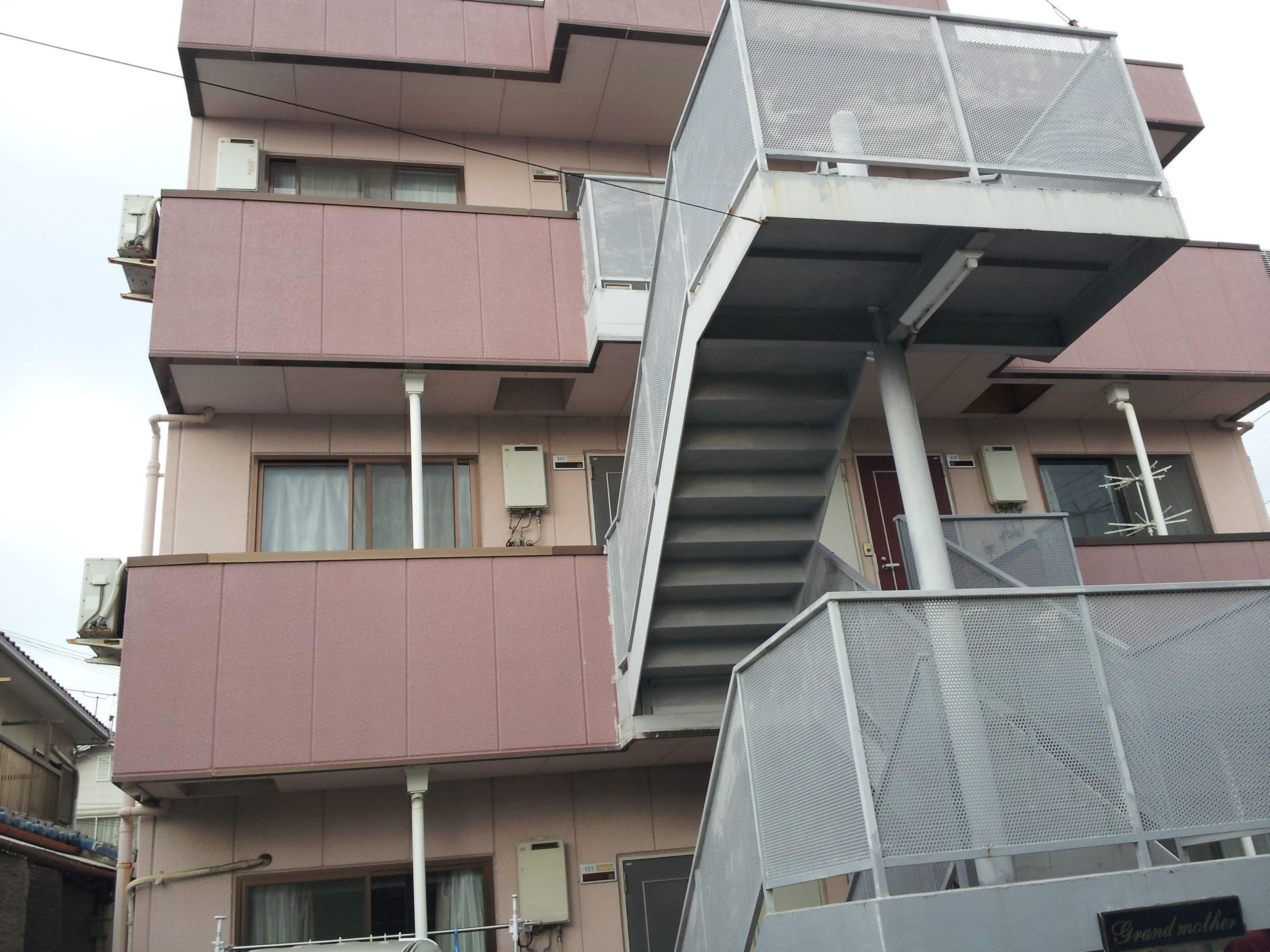 【和歌山市Gマンション】外壁塗装工事【フッ素プラン】before