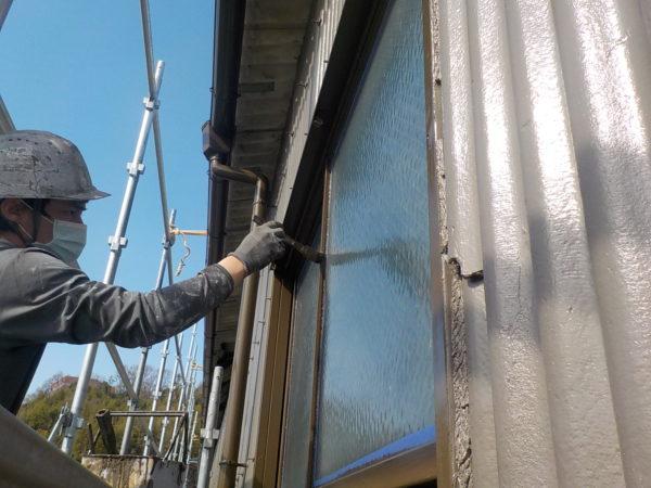 【和歌山県・海南市】工場外壁、雨トイと窓枠を塗装します!
