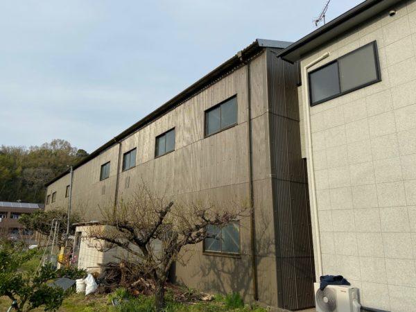 【和歌山県・海南市】若兆様新工場の外壁塗装、ついに完成です!