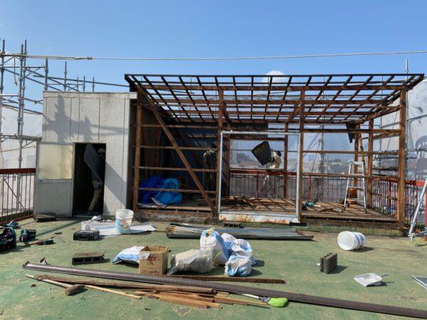 和歌山市新中島 雨漏り修理工事スタートしました。